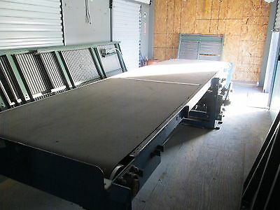 Hytrol Conveyor Belt System With Rollers Used