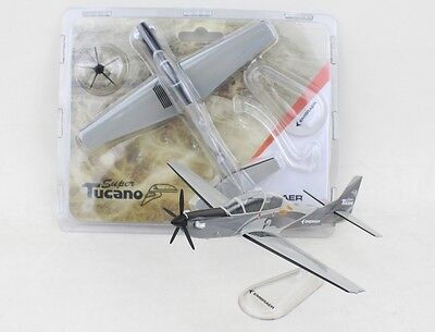 Lupa Embraer Super Tucano House Livery Desk Top Display 1/100 Model AM Airplane