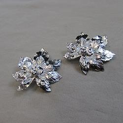 Vintage S.A.C. Silver Floral Clip-on Earrings (16126877A)