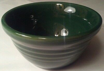 """Henn Pottery Mini Small Mixing Bowl Solid Green Discontinued 4-1/2""""x2-1/2"""""""