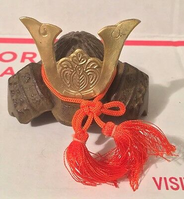 JAPAN JAPANESE MINI MINATURE SAMURAI WARRIOR HELMET KABUTO CAST IRON BRASS e