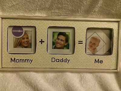 Pearhead Mommy + Daddy = Me Frame, White