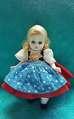 "Rare VTG old Madame Alexander doll stand GRETEL 8"" sleepy eyes (Legs need fixed)"