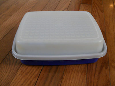 Tupperware Vintage Season Serve Marinade Container # 1518 Blue