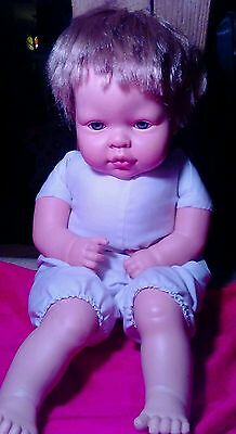 Realistic Munecas Arias Doll with Laughter Mechanism