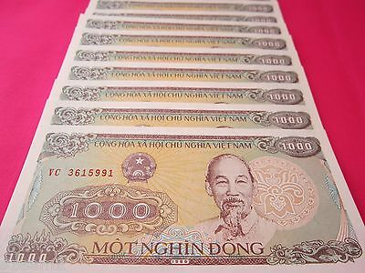 Vietnam Paper Money 30 PCS Bundle 1000 Vietnamese Dong Each Viet Nam Currency