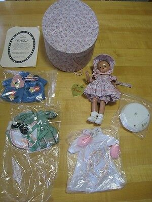 "Effanbee 9"" Patsyette Gift Box Set 1996 with Extras - UFDC - Minty"