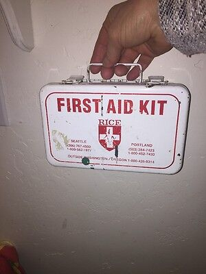 """Vintage White 5.5"""" x 8"""" wall mounted First Aid kit Steel Box"""