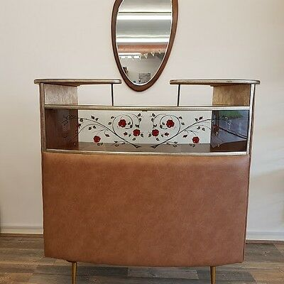 1950's Retro Cocktail Bar, restored and in great condition.