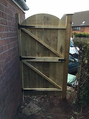 Top Quality Wooden Made To Measure Garden Gates