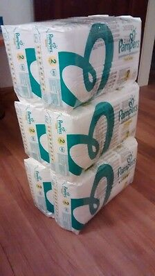 Pampers New Baby (Mini) Nappies  - Size 2 (240 Nappies)