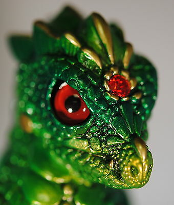 Windstone EdItions YOUNG DRAGON - EMERALD - RETIRED COLOR -  NEW IN BOX