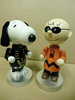 Walgreens Peanuts Charlie Brown & Snoopy Halloween wooden NutCrackers New