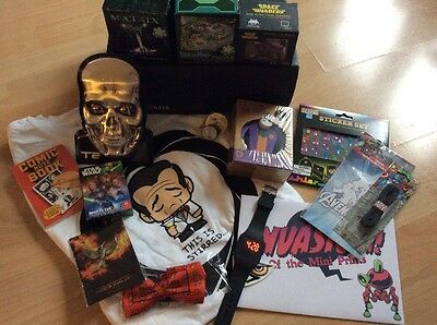Lootcrate Box - Lots Of Items - Puzzles T-Shirt Space Invaders & More Loot Crate