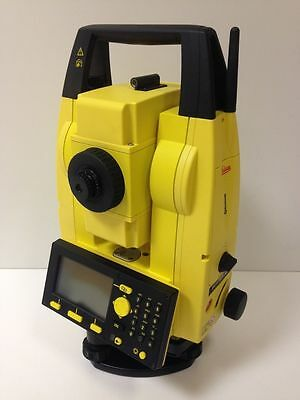 Leica Builder 505 Reflectorless Total Station - Excellent Condition