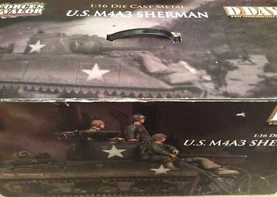 1:16 Die Cast Metal 'Forces of Valour' U.S. M4A3 Sherman Tank D Day Series