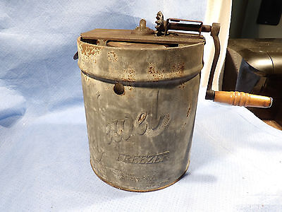 Hand Cranked Ice Cream Maker Jewell Freezer Liberty Can & Sign Co. Pa Pat.1921