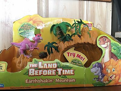 The Land Before Time Earthshakin' Mountain With Ruby Figure
