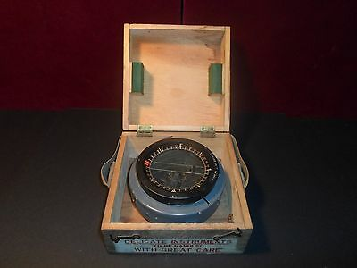 Vintage RCAF The Ontario Hughes Owens Co. WWII flight Navigator Compass