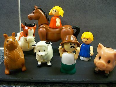 Jointed Vintage Toy Animals And 3 People