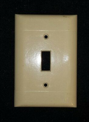 Vintage Mid Century Sierra  BAKELITE Single Wall Light Switch Plate Cover