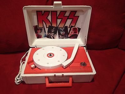 KISS Record Player Phonograph Tested and Working - Sounds Great!! LQQK!!