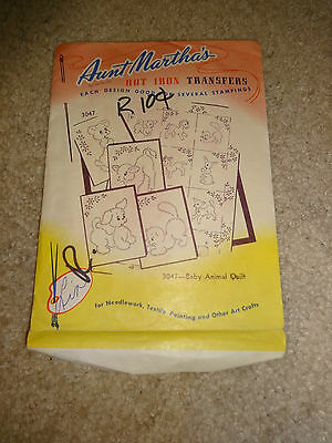 Vintage Aunt Martha's Hot Iron Transfers #3047 Baby Animal Quilt