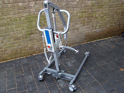 SOLD Invacare Birdie Compact 170 Folding Hoist Mobility Disabled Hoist Electric