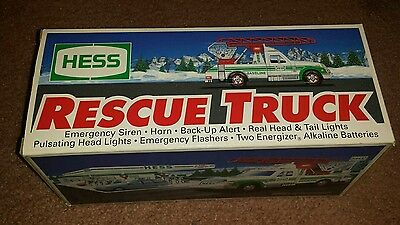 1994 Hess Rescue Truck w/ Real Lights, Siren, Horn & Ladder New in Box w/Inserts