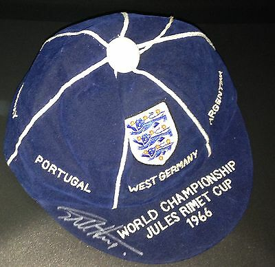 Sir Geoff Hurst Hand Signed 1966 England World Cup Cap as given to players! COA