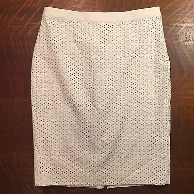 Ann Taylor White Imitation Leather Laser Cut Out Pencil Skirt Knee Length Size 6