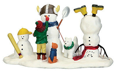 "LEMAX CHRISTMAS VILLAGE ""NEW FRIENDS TO PLAY WITH"" SKU No. 03832, TABLE ACCENT"