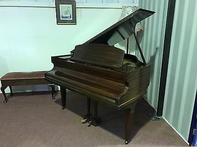 Stunning Challen Baby Grand. A Beautiful Piano In Excellent Condition.