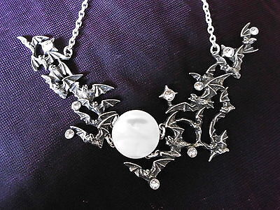 New Alchemy Gothic Eventide Twilight Moon Mother of Pearl Bat Necklace P655