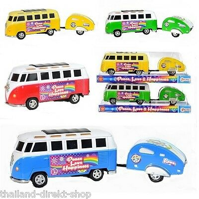 Camping Bus Hippie Love and Peace mit Wohnwagen Transporter Minibus Cult Retro