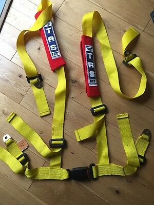 One Yellow 4 POINT RACING SEAT BELT HARNESSES FOR CAR/OFFROAD/4x4 HARNESS. TRS