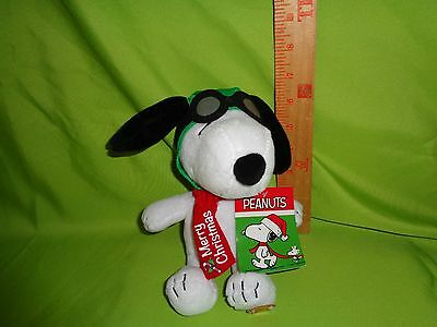PEANUTS SNOOPY MUSICAL CHRISTMAS PLAYS LINUS AND LUCY plush stuffed animal
