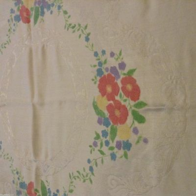 Vintage Lovely DOUBLE DAMASK TABLECLOTH 50x47in Hand-painted flowers NICE COND.
