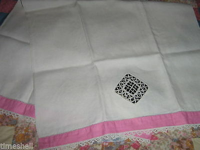 Lovely VINTAGE Hand-worked Linen GUEST FINGER TIP HAND TOWEL Pink 31X17.5 inch