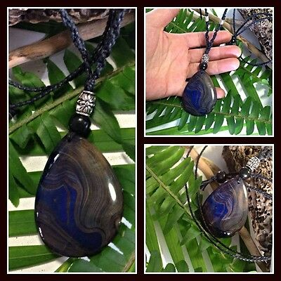 Blue on Black Agate Crystal Healing Macrame Necklace