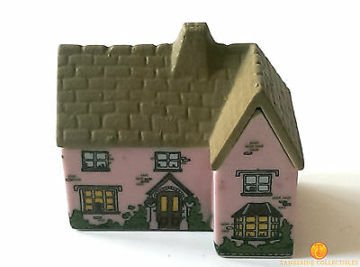 Wade Whimsey-On-Why THE VICARAGE Miniature Building Number 20