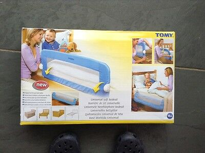 TOMY security bed rail Blue