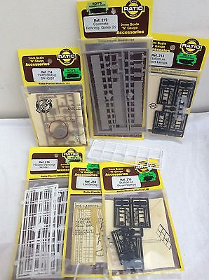 Job Lot of N Gauge Accessory Kits  inc fencing ALL UNOPENED !