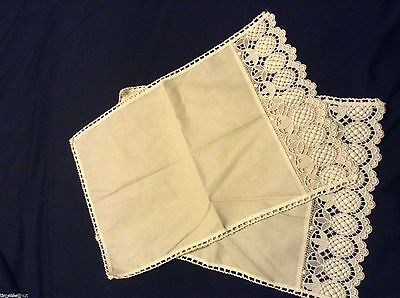 2 NWT CHAIRBACK DOILES Made in England PINEAPPLE MOTIF LINEN/COTTON 21.5x13.75in