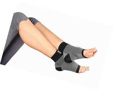 Plantar Fasciitis Socks Foot Care Compression Sock Sleeve with Arch & Ankle Supp