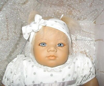 """Annette  Himstedt Annchen~22"""" Blonde Baby Doll Near Mint-W/Boxs & Certificate"""