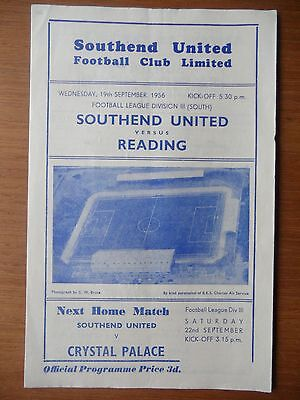 SOUTHEND UNITED v READING 1956-1957 Division 3 South