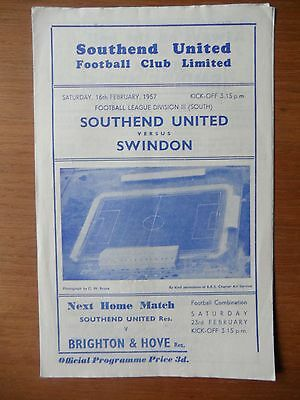 SOUTHEND UNITED v SWINDON TOWN 1956-1957 Division 3 South