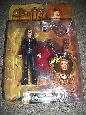 buffy the vampire slayer toyfare exclusive vampire willow figure sealed.
