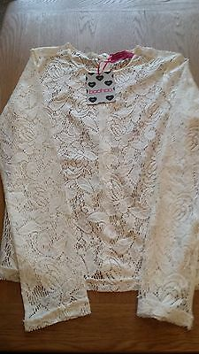 Bnwt Ladies Boohoo Cream Lace Top Size 8